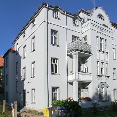 Referenz: Erfurt-Süd<br />1999&nbsp;-&nbsp;Sanierung Wohnhaus Gründerzeit<br />Areal ca. 635&nbsp;m² • Wohnfläche ca. 741&nbsp;m²